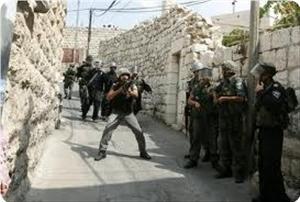 IOF raids house of Hamas leader west of JeninIOF raids house of Hamas leader west of Jenin