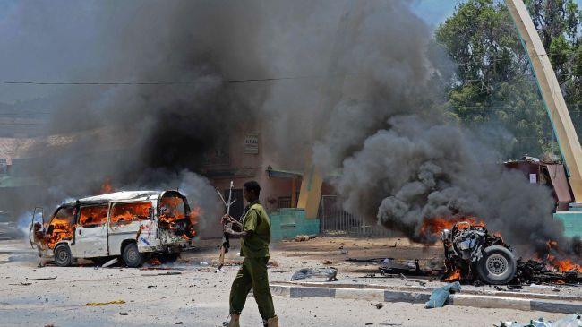 Several blasts rock Somali capital, kill 19