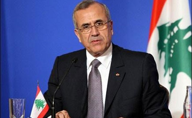 Sleiman Urges Lebanese to Keep Country away from Regional Crises
