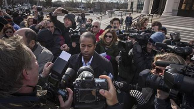 Photo of NY state senator arrested in mayoral election bribe plot