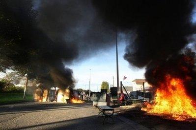 10 Dead in Fuel Tank Explosion near Turkey-Syria Border