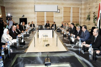 Photo of Syrian PM Al-Halqi: Doors Wide Open to All Syrians to Draw Syria's Future