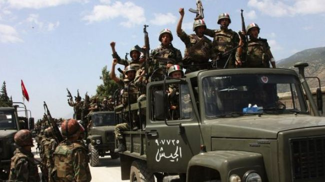 Syrian army clashes with militants in the suburbs of Damascus