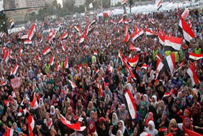 Photo of Huge crowds of anti-Morsi protesters take to the streets