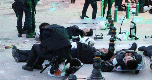 Photo of 6 Turkish policemen commit suicide during Gezi protests, police union head says