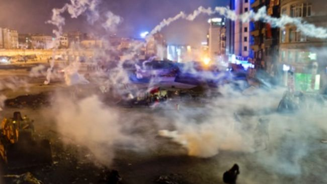 Photo of Another night of mayhem at Istanbul's Taksim Square