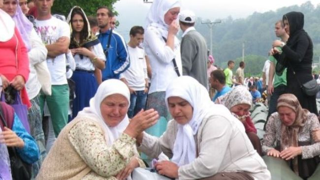 Tens of thousands of mourners have convened in Bosnia to rebury 409 victims of the 1995 Srebrenica massacre
