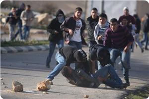 images_News_2013_07_17_clashes04_300_0