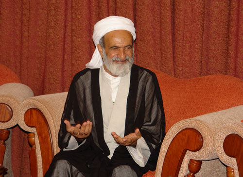 """Photo of Iranian Sunni MP: """"There's no commonality between Takfiri groups and Sunni Muslims."""""""