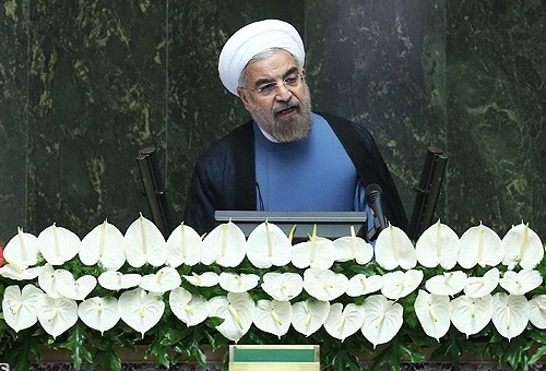 Photo of Rouhani Underlines Dialogue on Equal Footing as Only Way to Interact with Iran
