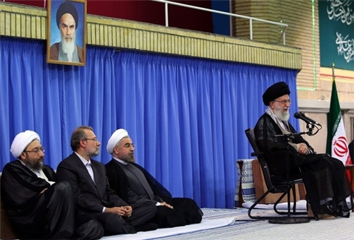 Photo of Leader of Islamic Ummah Imam Khamenei Blames West for Problems of Muslim States