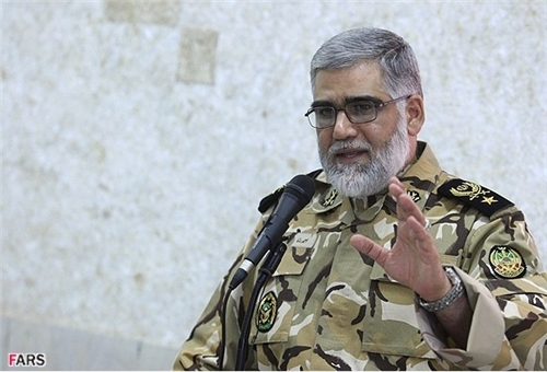 Photo of Commander Stresses Change of Threats in Nature