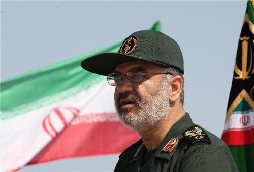 Photo of Commander Reiterates IRGC's Readiness to Confront Enemies