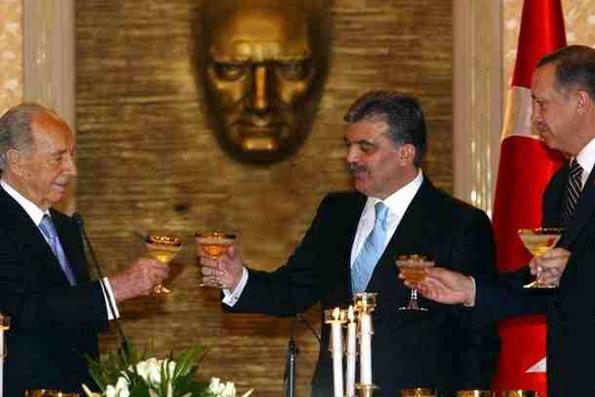 Photo of Erdogan Wants Regime Change in Syria, not Limited Strikes