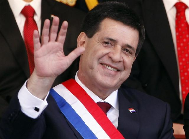 Photo of Paraguay's congress grants military powers to its new president