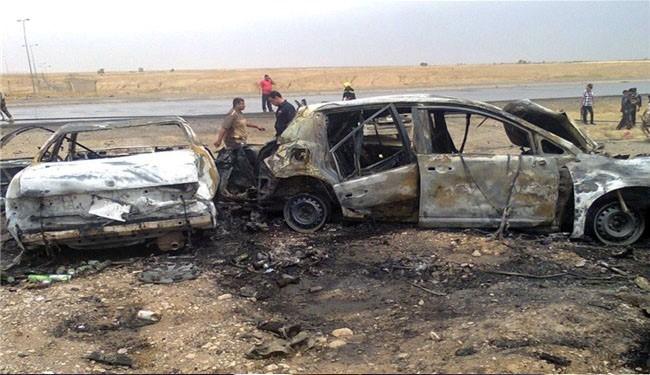 Premature car bomb blast kills 40 militants in Syria