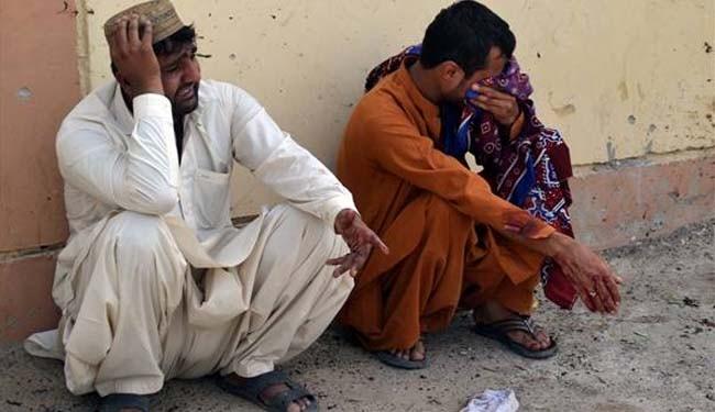 Suicide attack kills 38 in Pakistan