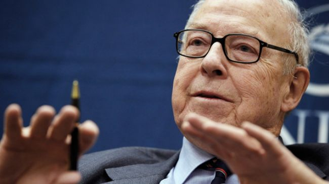 Photo of Hans Blix: Who's West to play world police?