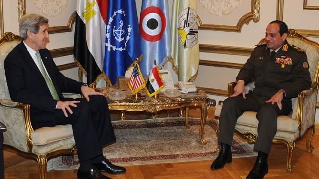 Photo of Amid massacre, Kerry defends Egypt's army for ousting Morsi