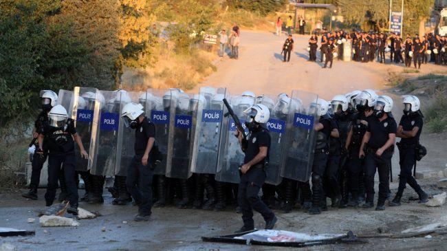 Photo of Police clash with students in Ankara,Turkey