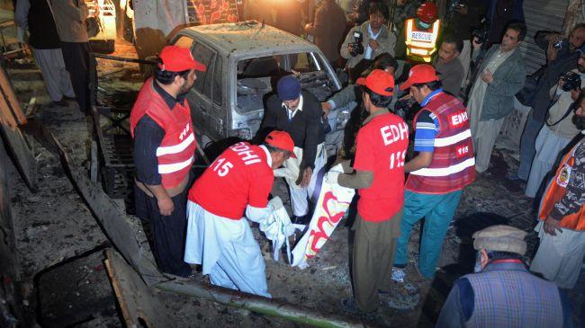 Photo of Bomb blast outside church in Peshawar kills 53 Pakistanis