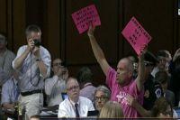 Protesters disrupt Senate Syria hearing