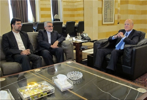 Senior Iranian Lawmaker Urges S. Arabia to Change Position on Syria
