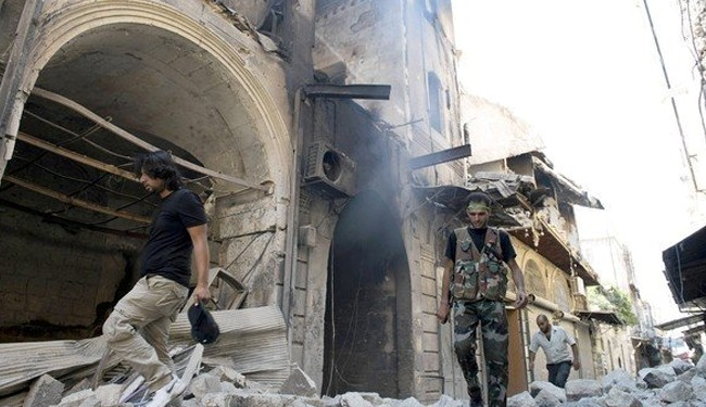 Photo of Syria militants fight each other near Iraq, 5 dead