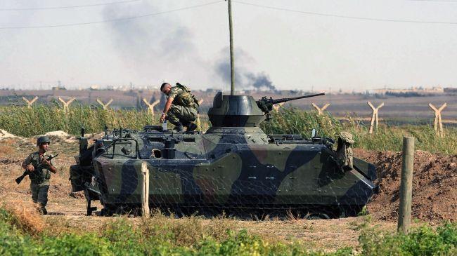 Turkey deploys additional troops on Syrian border