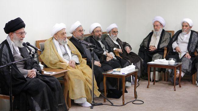 "Photo of Sayyed Imam Ali Khamenei: ""US will definitely pay price of attack on Syria"""