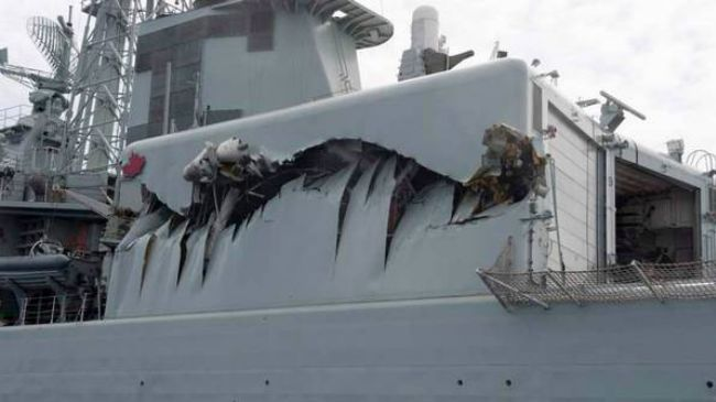 Photo of Canadian warships collide on Pacific