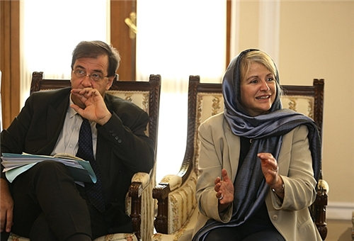 Photo of French MP Hopes for Diplomatic Settlement of Iran-West N. Standoff