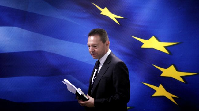 329774_Greece-finance-minister