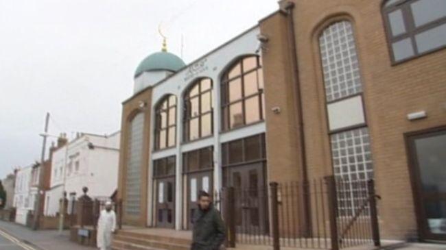 330526_Gloucester mosque