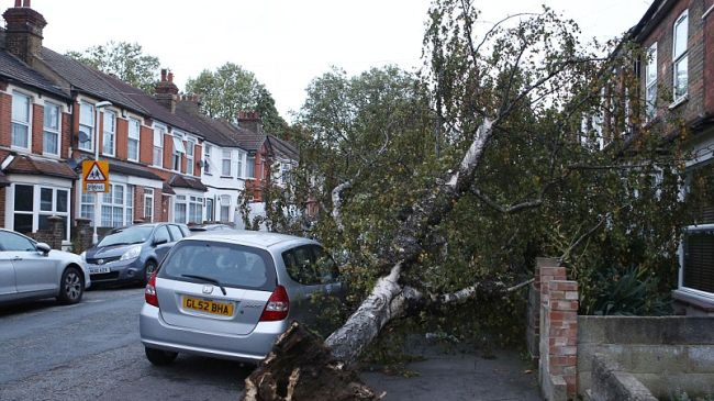 Photo of UK storm leaves 4 dead and thousands powerless