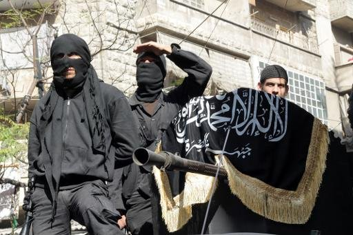 """Photo of The Right Arm of """"Al Nusra Front"""" in Syria, ripped off"""