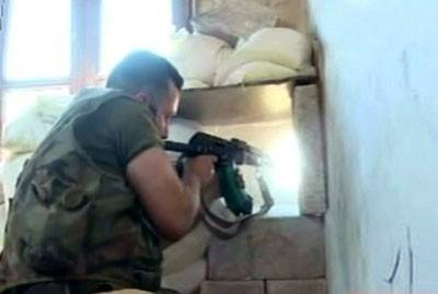 Army units tightly ambush terrorists, destroy heavy weapons in #Aleppo