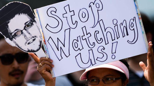 NSA steals up to 250 million online address books each year