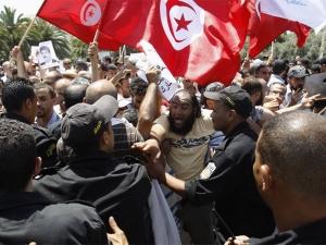 tunisia_protest_violence__2_3_4_N2