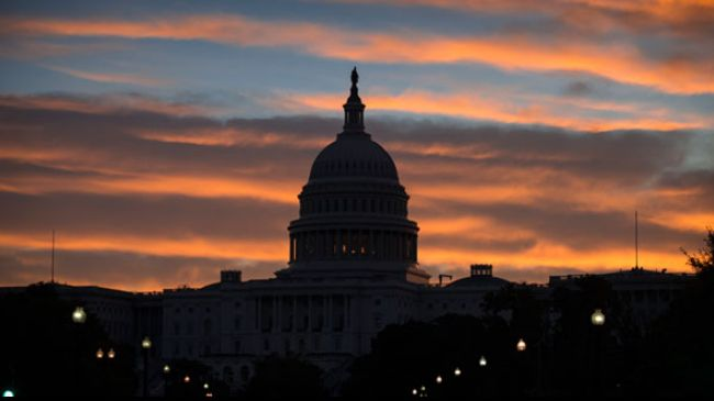Photo of US lawmakers threaten Iran with new sanctions