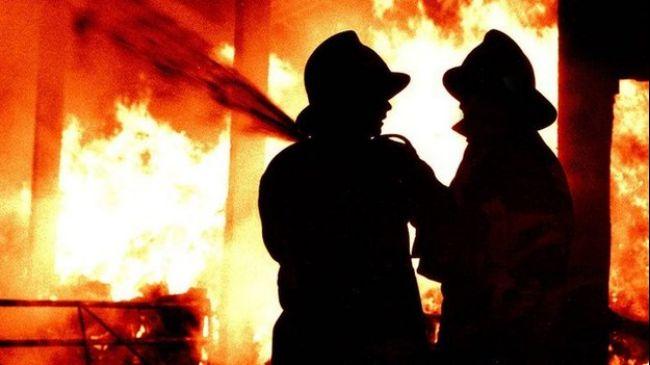 334602_UK-firefighters