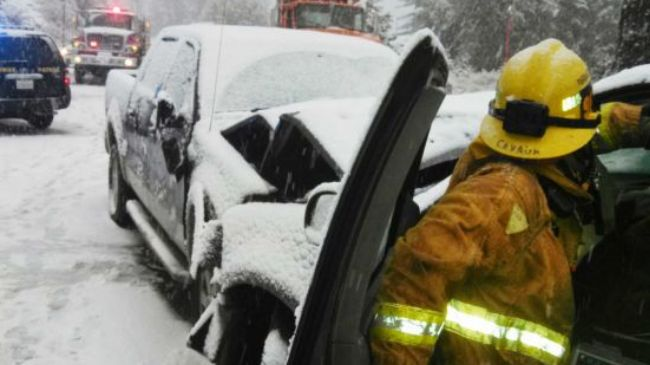 Photo of US winter storm kills 8 in West, threatens Thanksgiving travels