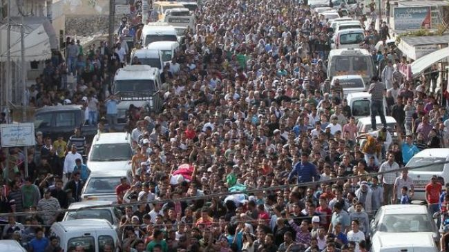 337047_Palestinians-mourners-funeral