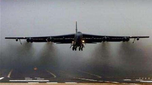 337315_B-52 bomber