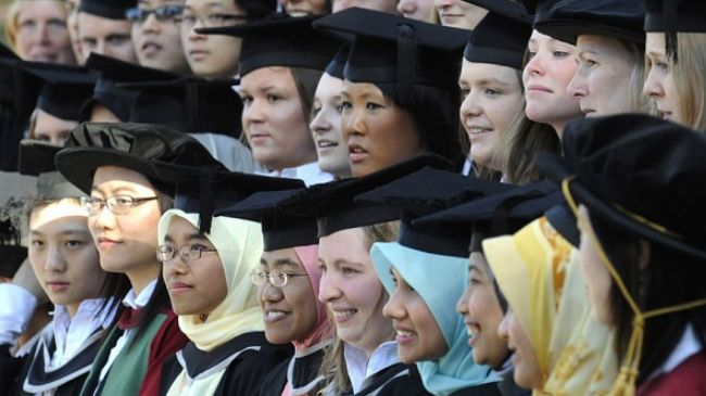 337359_UK-Foreign-Students