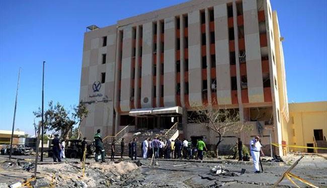 Sinai car bomb kills at least 10 Egypt soldiers