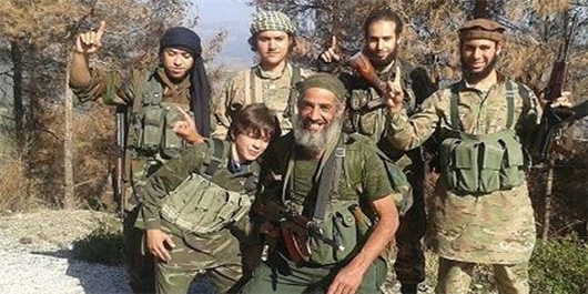 Photo of Pictures: 13-Year-Old Moroccan Boy Fights in Syria