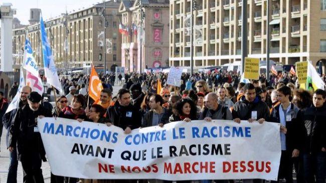 337640_Paris-protest