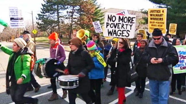 337964_Walmart-protesters
