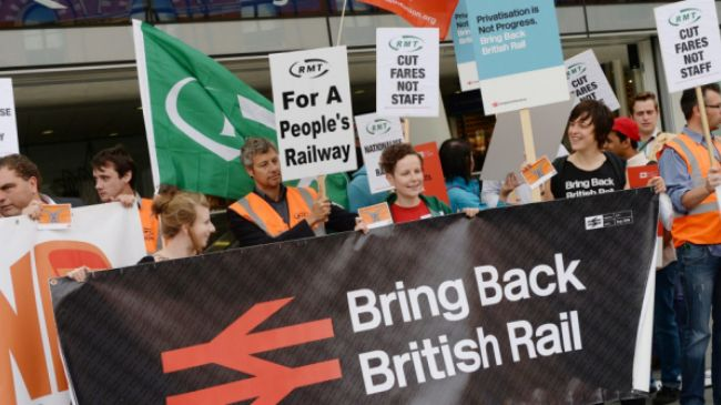 Photo of UK commuters spend 25% income on rail fares